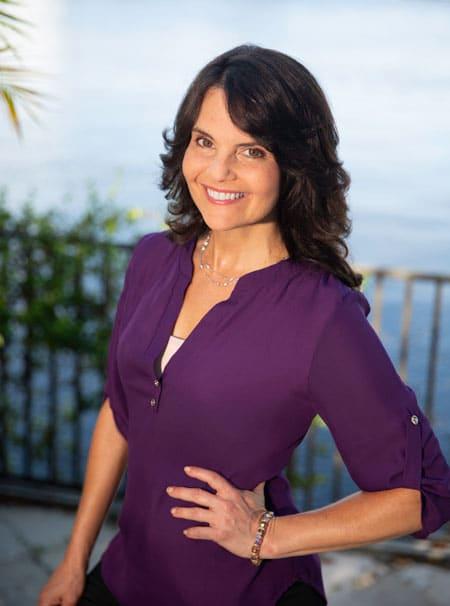 Dr. Lisa Koche